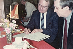 1983-bw-15