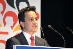 Mahmut Özdemir begründet Leitantrag